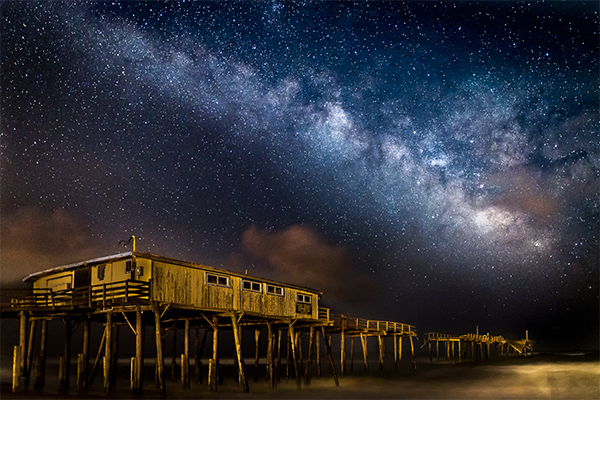 Color2_1st_Eva Lanyi-Milky Way and Frisco Pier Outer Banks_600x475